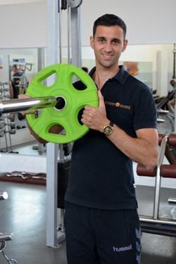 René - Chef-Trainer und Ernährungsberater im Fitness Galerie Team
